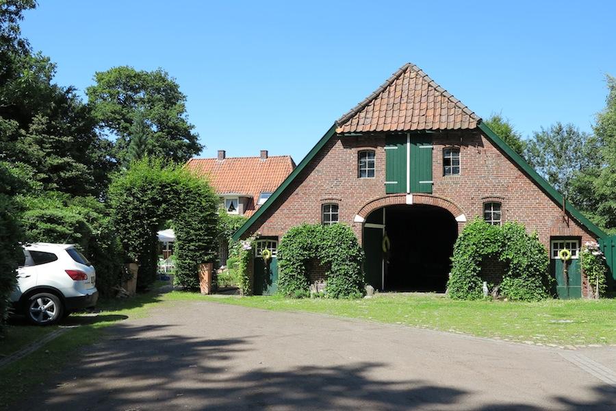 Kosmetikstudio Bad Zwischenahn Aschhausen - Weg zum Eingang